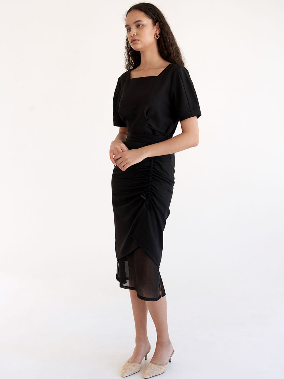 Side Shirring Skirt - Black