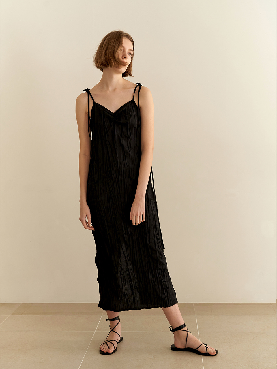 Resort wrinkle dress - black [5/22예약배송]