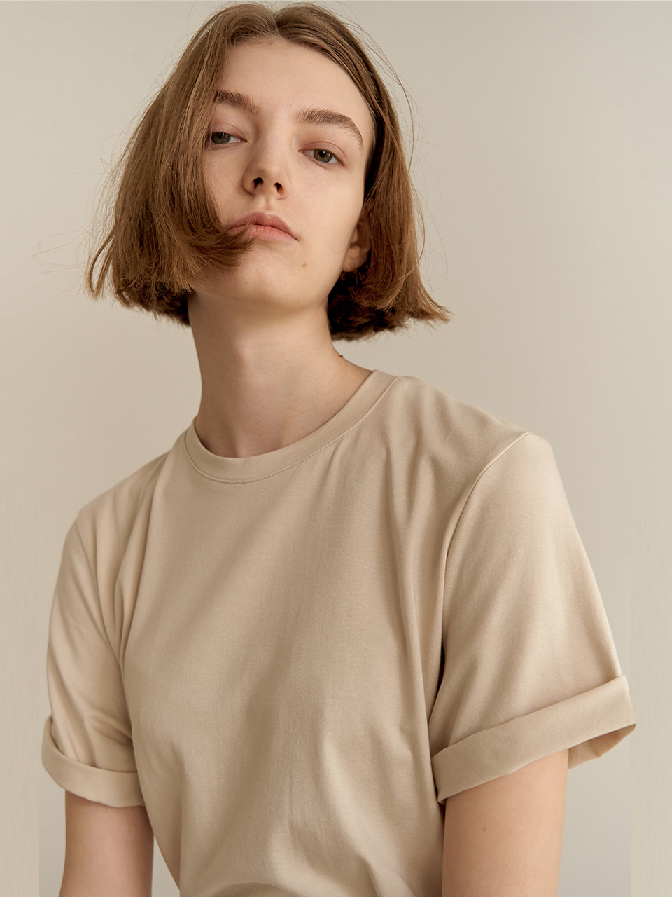 Daily slit T-shirt -BEIGE