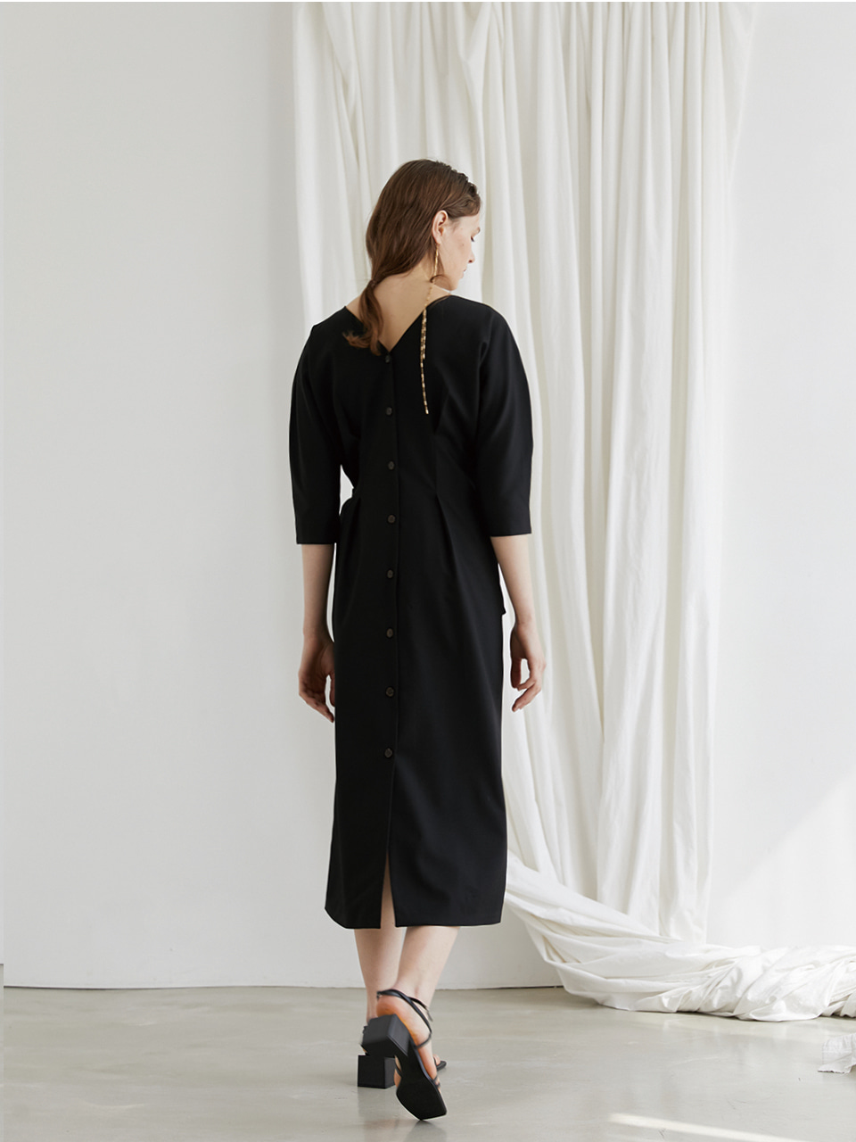 [최실장PICK] Reversible wrap dress - Black