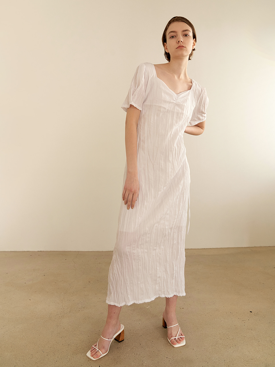 Halfmoon shirring dress - white [5/28예약배송]
